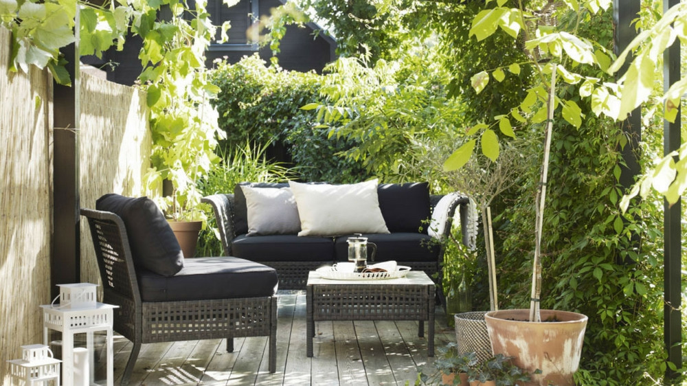 comment am nager une terrasse meublesplus. Black Bedroom Furniture Sets. Home Design Ideas